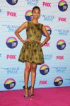 Celebrities Wonder 2714435_zoe-saldana-2012-teen-choice-awards_2.jpg