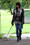 Celebrities Wonder 39792123_daisy-lowe-dog_1.jpg