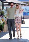 Celebrities Wonder 42766309_kate-bosworth-grocery-shopping_5.jpg