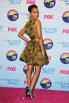 Celebrities Wonder 4310954_zoe-saldana-2012-teen-choice-awards_3.jpg