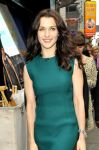 Celebrities Wonder 43120215_rachel-weisz-good-morning-america_8.jpg