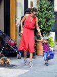 Celebrities Wonder 44601384_miranda-kerr-red-dress_1.jpg