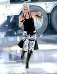 Celebrities Wonder 47878217_gwen-stefani-perform-teen-choice_2.jpg