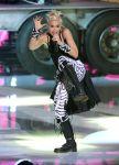 Celebrities Wonder 48415394_gwen-stefani-perform-teen-choice_3.jpg