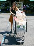Celebrities Wonder 48809682_rachel-bilson-Whole-Foods_7.jpg
