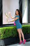 Celebrities Wonder 51462882_lea-michele-candies_4.jpg