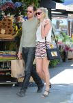 Celebrities Wonder 53654857_kate-bosworth-grocery-shopping_7.jpg