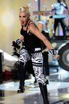 Celebrities Wonder 54778371_gwen-stefani-perform-teen-choice_1.jpg