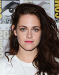 Celebrities Wonder 58273276_comic-con-breaking-dawn-panel_5.jpg