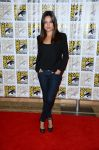 Celebrities Wonder 66303899_Oz-The-Great-and-Powerful-Comic-Con_Mila Kunis 1.jpg