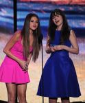 Celebrities Wonder 67880114_selena-gomez-teen-choice-awards-2012_8.jpg