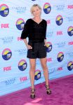 Celebrities Wonder 69938859_portia-de-rossi-2012-teen-choice_1.jpg