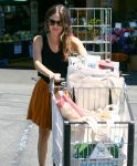 Celebrities Wonder 72052323_rachel-bilson-Whole-Foods_8.jpg