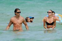 Celebrities Wonder 72783073_Candice-Swanepoel-bikini_8.jpg