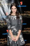 Celebrities Wonder 73494955_comic-con-breaking-dawn_3.jpg