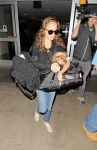 Celebrities Wonder 74533071_natalie-portman-lax_3.jpg