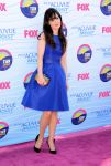 Celebrities Wonder 75442880_zooey-deschanel-teen-choice-awards-2012_1.jpg