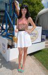 Celebrities Wonder 80102652_krysten-ritter-Great-American-Pillow-Toss_1.jpg