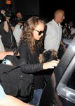 Celebrities Wonder 84156627_natalie-portman-lax_5.jpg