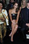 Celebrities Wonder 85866170_versace-haute-couture-front-row_3.jpg