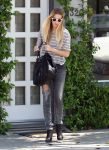 Celebrities Wonder 88823322_whitney-port_5.jpg