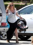 Celebrities Wonder 89421810_hilary-duff-baby_6.jpg