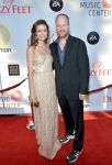 Celebrities Wonder 90060146_summer-glau-dizzy-feet_2.jpg