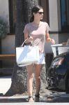Celebrities Wonder 93161781_rachel-bilson-sister_6.jpg
