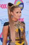 Celebrities Wonder 94131049_demi-lovato-2012-teen-choice-awards_5.jpg