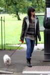 Celebrities Wonder 94402069_daisy-lowe-dog_2.jpg