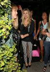 Celebrities Wonder 96385809_fergie-mr-chow_2.jpg