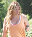 Celebrities Wonder 98523042_hilary-duff_8.jpg