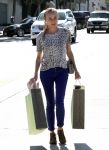 Celebrities Wonder 16006275_diane-kruger-shopping_1.jpg