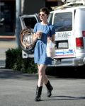 Celebrities Wonder 16375852_anne-hathaway-denim-dress_2.jpg