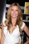 Celebrities Wonder 18181536_audrina-patridge-magic-Convention_5.jpg