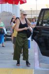 Celebrities Wonder 19469022_gwen-stefani-kids_3.jpg