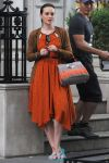Celebrities Wonder 19864854_leighton-meester-gossip-girl-set_4.jpg