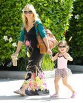 Celebrities Wonder 20529745_sarah-michelle-gellar-daughter_1.jpg