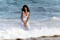 Celebrities Wonder 23059684_rihanna-monaco_7.jpg