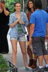 Celebrities Wonder 23563624_leighton-meester-gossip-girl-set_6.jpg