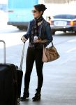 Celebrities Wonder 26721019_miranda-cosgrove-airport_4.jpg