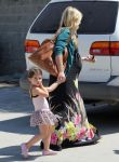 Celebrities Wonder 27750202_sarah-michelle-gellar-daughter_7.jpg