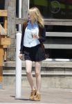 Celebrities Wonder 29202565_emma-stone-shopping_1.jpg
