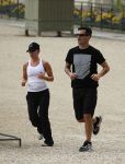Celebrities Wonder 30865146_scarlett-johansson-jogging_3.jpg