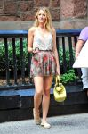 Celebrities Wonder 40970964_blake-lively-set-gossip-girl_5.jpg