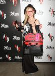 Celebrities Wonder 43105154_avril-lavigne-magic-convention_2.jpg