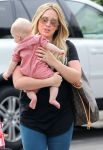 Celebrities Wonder 4412148_hilary-duff-son-Luca_7.jpg