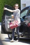 Celebrities Wonder 44679450_milla-jovovich-la_7.jpg