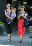 Celebrities Wonder 48184834_natalie-portman-son_2.jpg