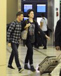 Celebrities Wonder 50145010_evan-rachel-wood-airport_2.jpg